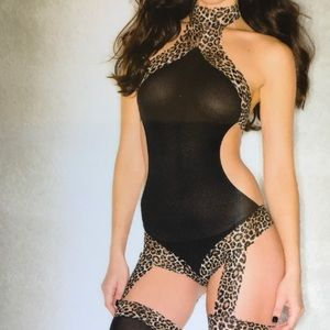 Touch of leopard body stocking